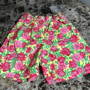 EUC size 4P Lilly Pulitzer shorts